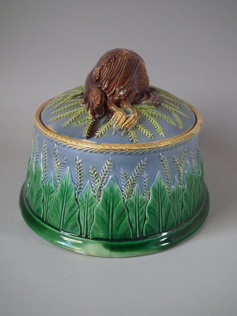 George Jones Majolica Partridge Game Pie Dish and Cover For Sale 7