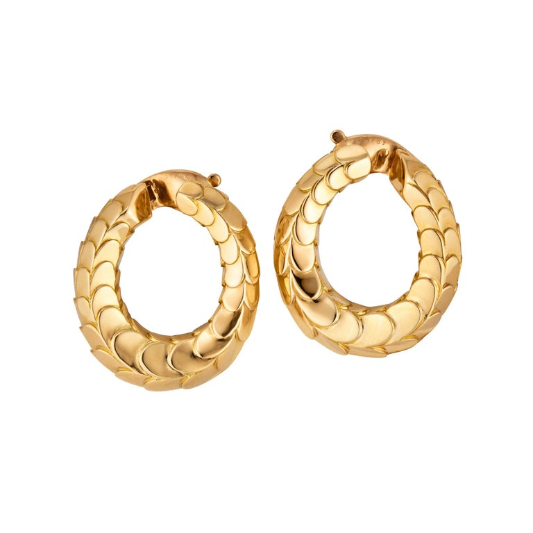 George L'Enfant for Cartier Paris Vintage Gold Clip Hoop Earrings In Excellent Condition For Sale In Greenwich, CT