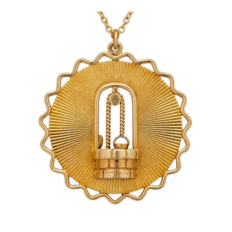 Contemporary George L'Enfant Paris Tiffany & Co. Vintage Gold Wishing Well Pendant Necklace For Sale
