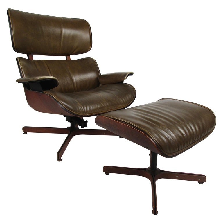 George Mulhauser Bentwood Swiveling Lounge Chair and Ottoman for Plycraft For Sale