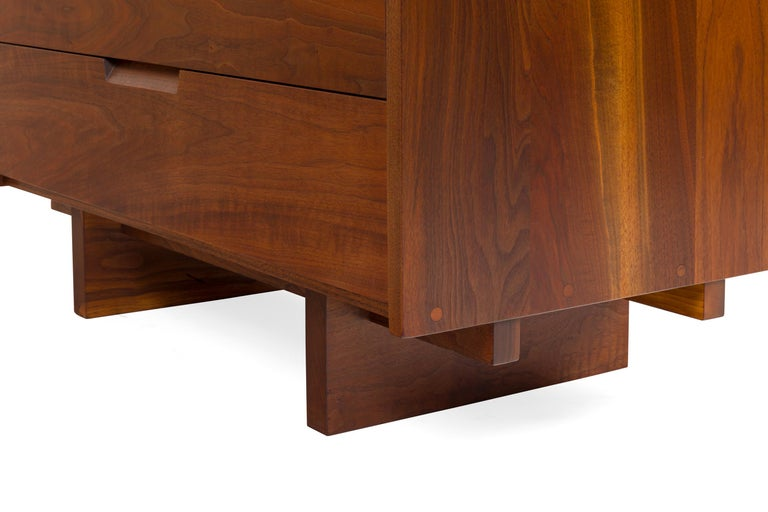George Nakashima Black Walnut Chest of Drawers with Dovetail Joinery, USA, 1960s For Sale 2