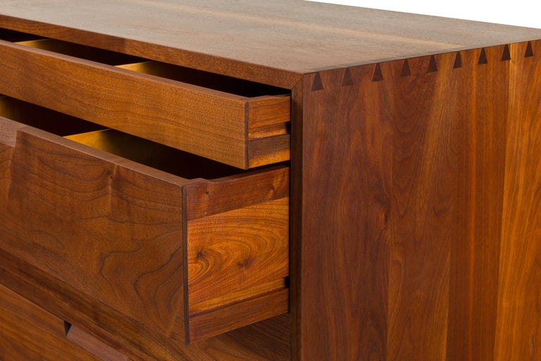 George Nakashima Black Walnut Chest of Drawers with Dovetail Joinery, USA, 1960s For Sale 4