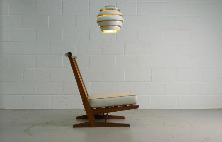 George Nakashima, Conoid Lounge Chair In Good Condition For Sale In Wargrave, Berkshire