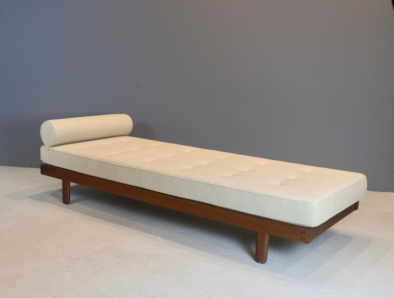 George Nakashima Custom Daybed, 1950s In Excellent Condition For Sale In New York, NY