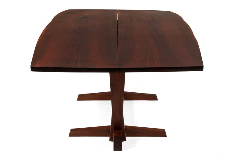 George Nakashima Fine Walnut & Rosewood Conoid Dining Room Table, USA, 1965 In Good Condition For Sale In New York, NY