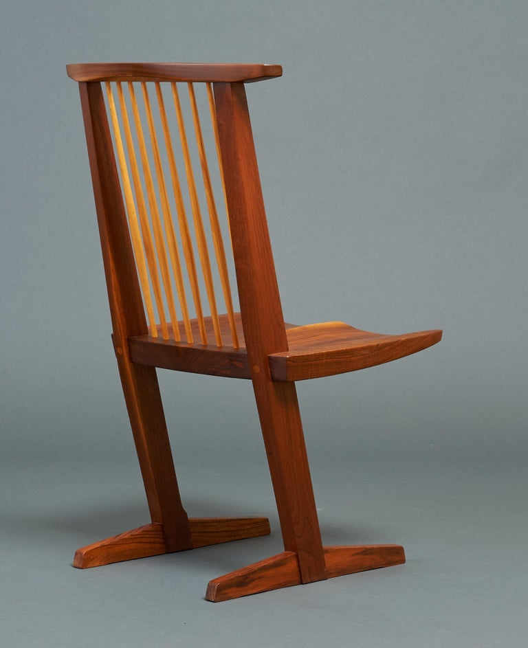 George Nakashima, Rare Sculptural Pair of Conoid Chairs in Walnut, Signed, 1989 For Sale 4