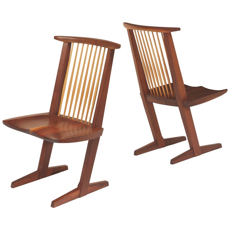 George Nakashima, Rare Sculptural Pair of Conoid Chairs in Walnut, Signed, 1989 For Sale