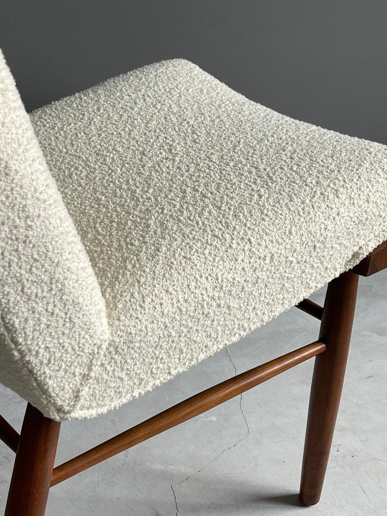 George Nakashima, Side Chair, White Bouclé, Walnut, for Widdicomb, America 1960s For Sale 4