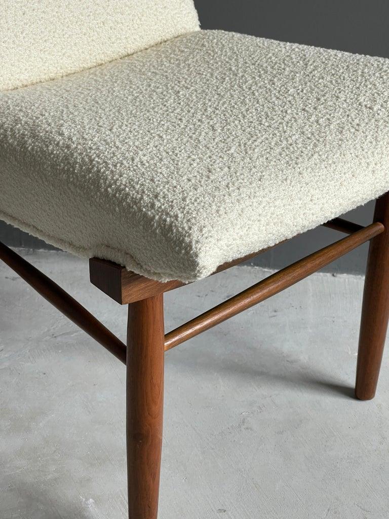 George Nakashima, Side Chair, White Bouclé, Walnut, for Widdicomb, America 1960s For Sale 5