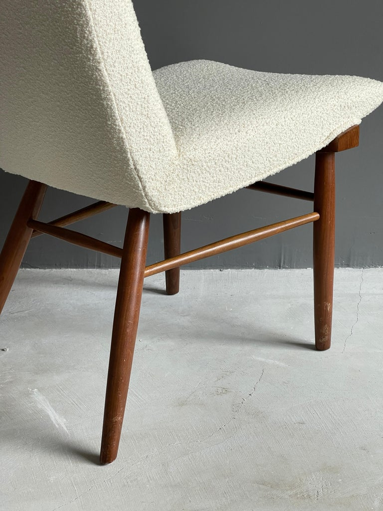 Mid-20th Century George Nakashima, Side Chair, White Bouclé, Walnut, for Widdicomb, America 1960s For Sale