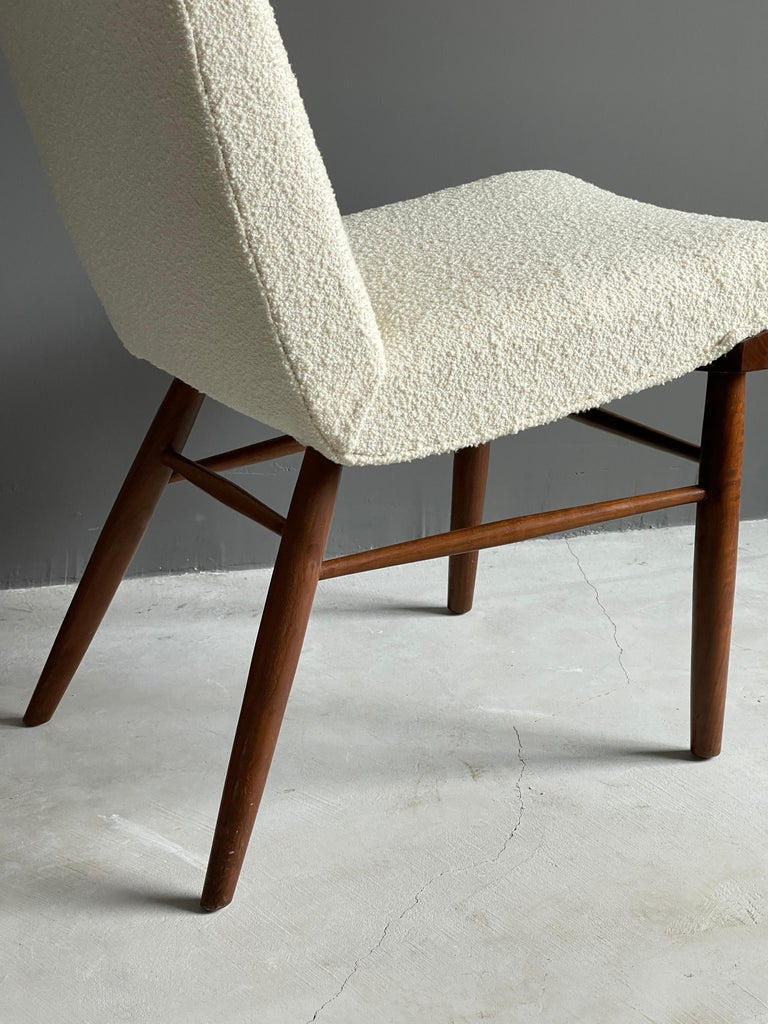 George Nakashima, Side Chair, White Bouclé, Walnut, for Widdicomb, America 1960s For Sale 1