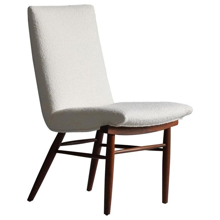 George Nakashima, Side Chair, White Bouclé, Walnut, for Widdicomb, America 1960s For Sale