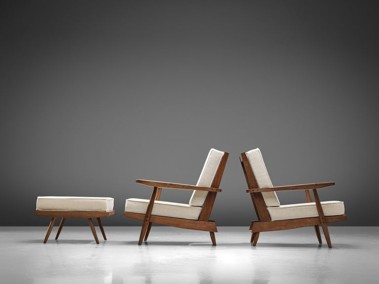 George Nakashima Spindleback Armchairs with Ottoman In Good Condition For Sale In Waalwijk, NL