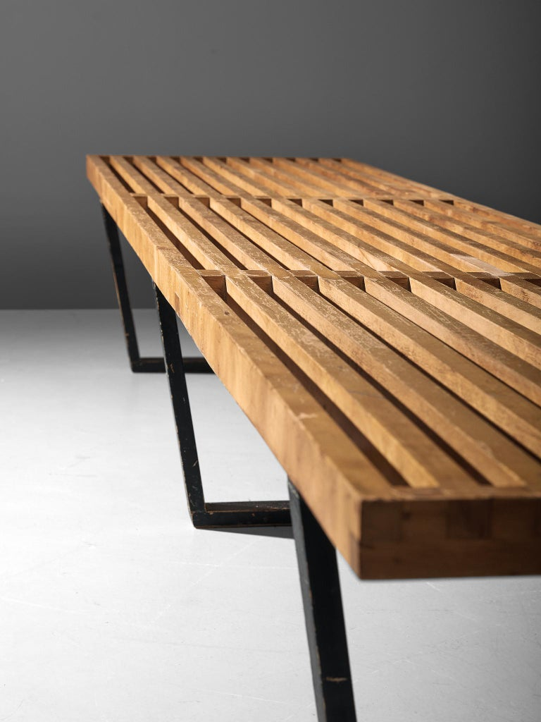 George Nelson & Associates Large '4492' Bench in Birch In Good Condition For Sale In Waalwijk, NL