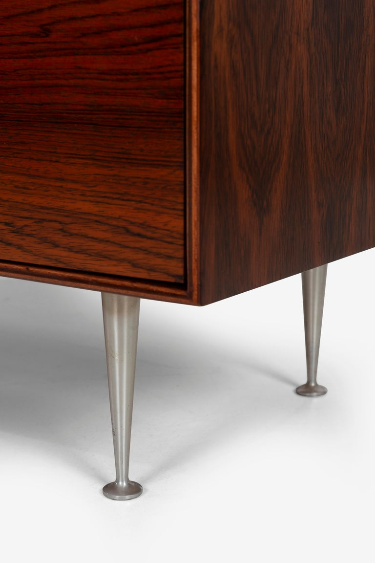 Mid-20th Century George Nelson Five-Drawer Thin Edge Rosewood Dresser For Sale