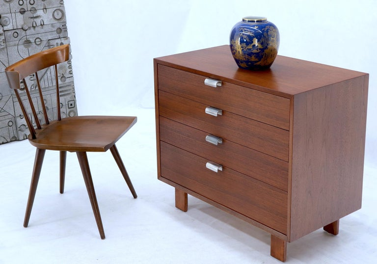 American George Nelson for Herman Miller 4 Drawers Walnut Dresser Bachelor Chest Cabinet For Sale