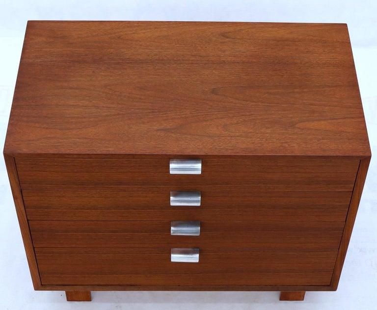 George Nelson for Herman Miller 4 Drawers Walnut Dresser Bachelor Chest Cabinet For Sale 1