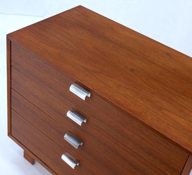 George Nelson for Herman Miller 4 Drawers Walnut Dresser Bachelor Chest Cabinet For Sale 2