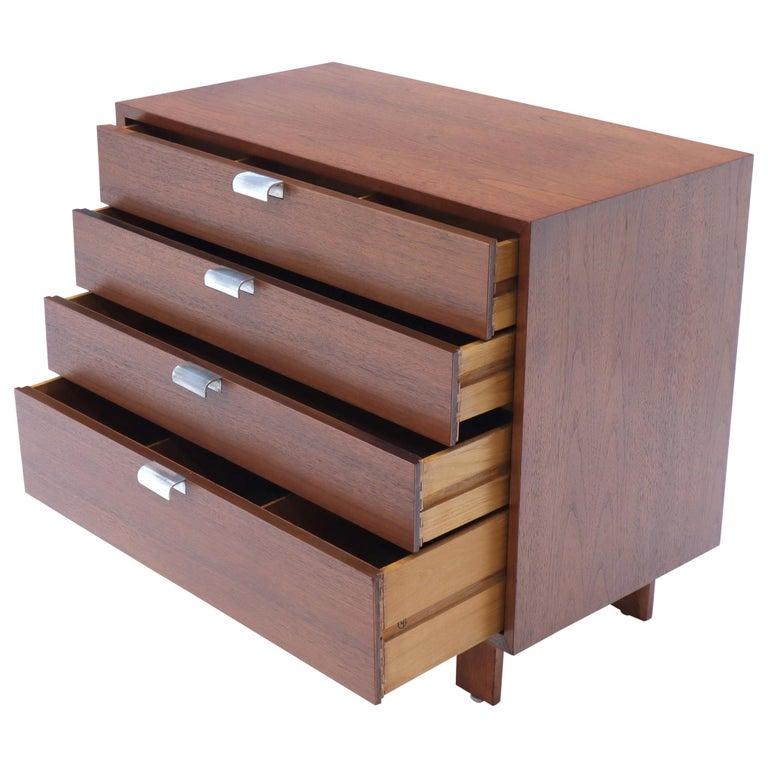 George Nelson for Herman Miller 4 Drawers Walnut Dresser Bachelor Chest Cabinet For Sale