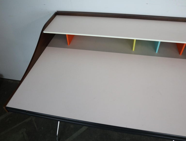 George Nelson for Herman Miller Chair and Swag Leg Desk 8