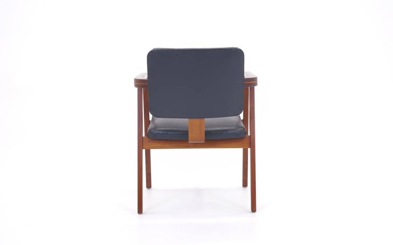 Oiled George Nelson for Herman Miller Desk or Side Chair with Arms, Signed For Sale