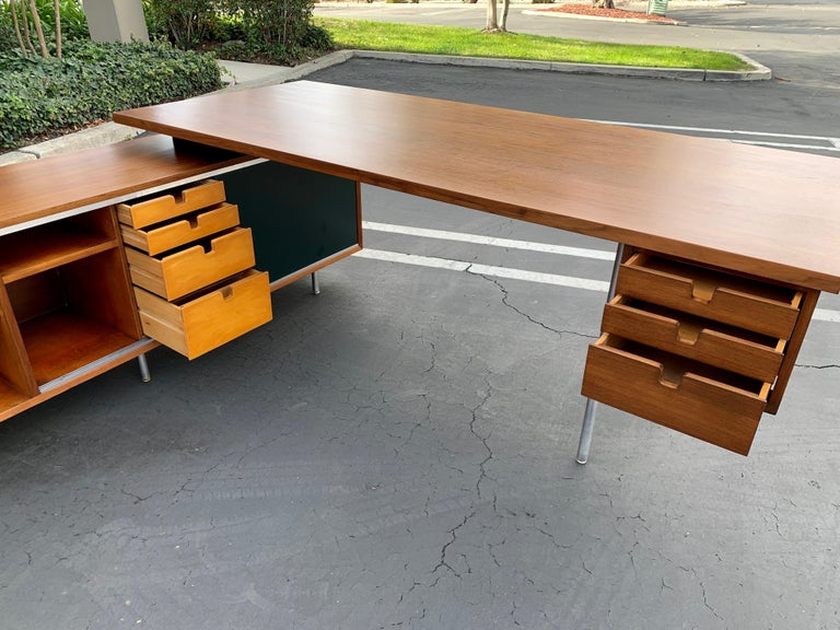 20th Century George Nelson for Herman Miller Executive Desk with Credenza Return