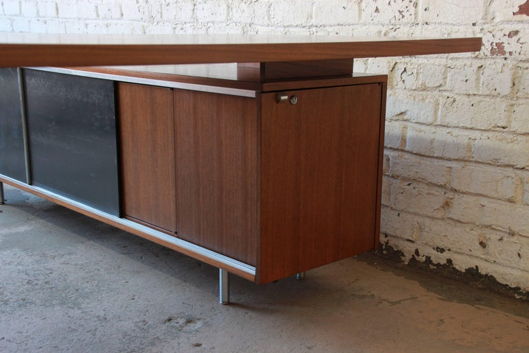George Nelson for Herman Miller L-Shaped Executive Desk, 1950s For Sale 6