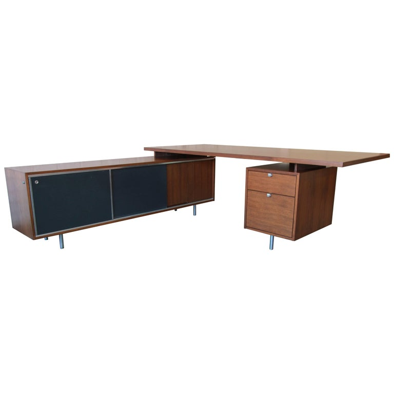 George Nelson for Herman Miller L-Shaped Executive Desk, 1950s For Sale