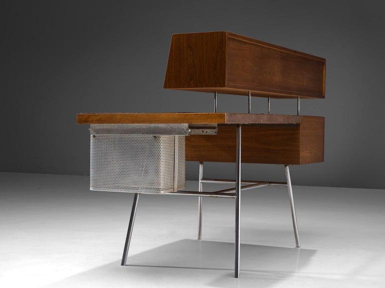 Mid-Century Modern George Nelson Functional Desk in Walnut For Sale