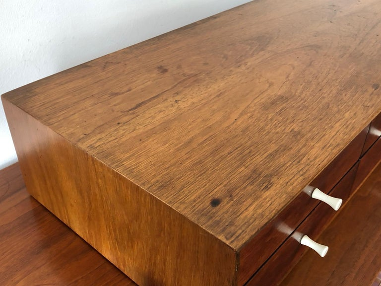 George Nelson Herman Miller Miniature Chest # 5215 In Good Condition For Sale In St.Petersburg, FL