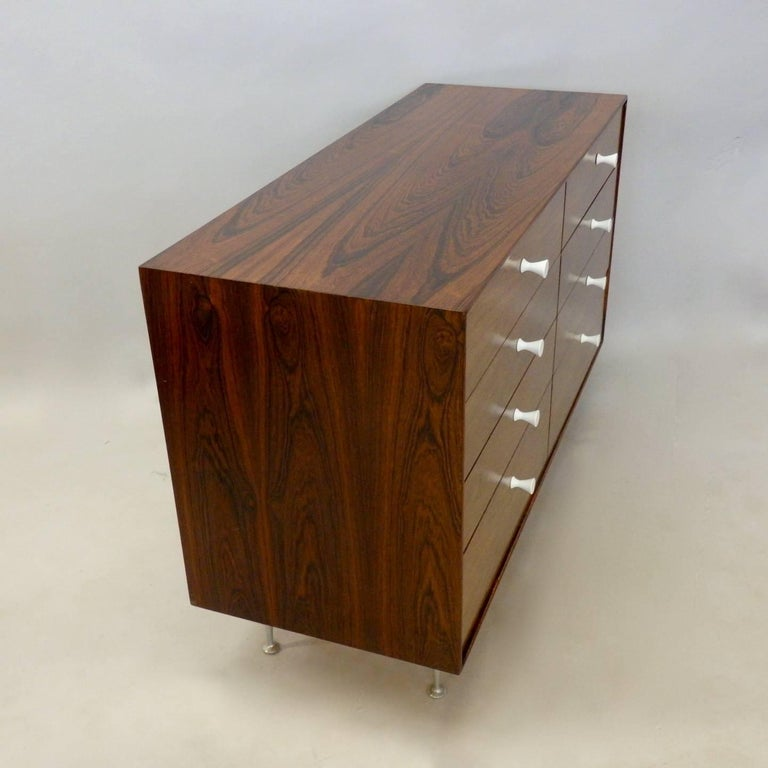 George Nelson Herman Miller Thin Edge Rosewood Dresser In Good Condition For Sale In Ferndale, MI