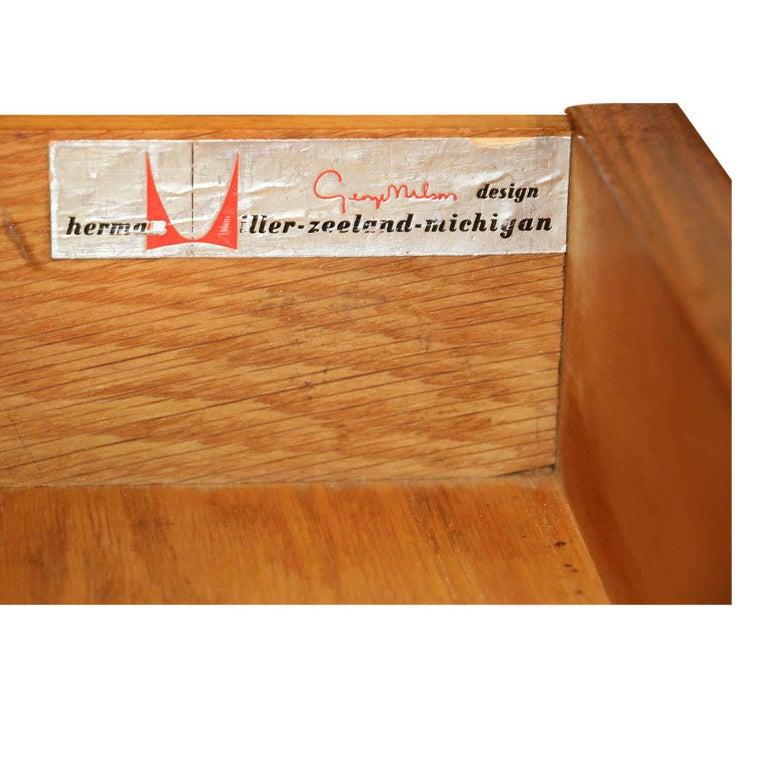 American George Nelson Herman Miller Walnut Planter Lamp Table Model 4634-L For Sale