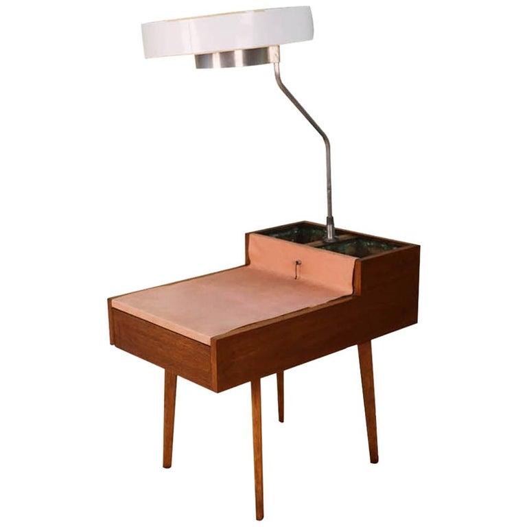 George Nelson Herman Miller Walnut Planter Lamp Table Model 4634-L For Sale
