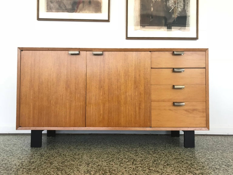 George Nelson Low Profile Credenza Sideboard for Herman Miller In Good Condition For Sale In St. Louis, MO