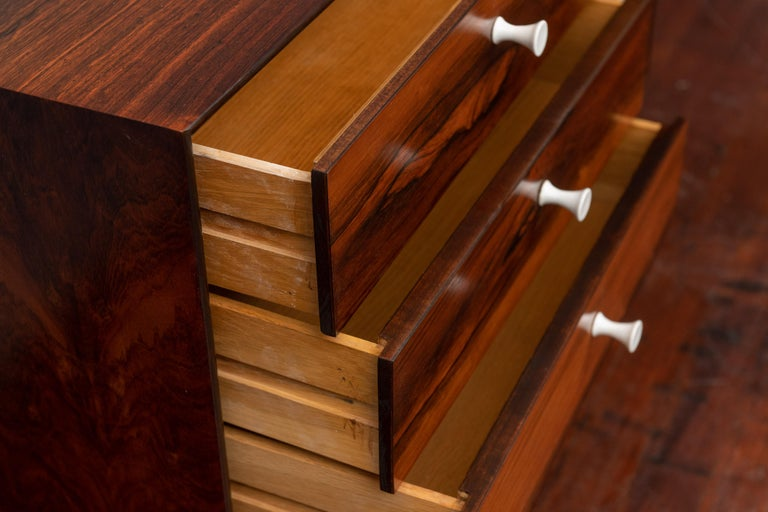 George Nelson Thin Edge Rosewood Dresser In Excellent Condition For Sale In San Francisco, CA