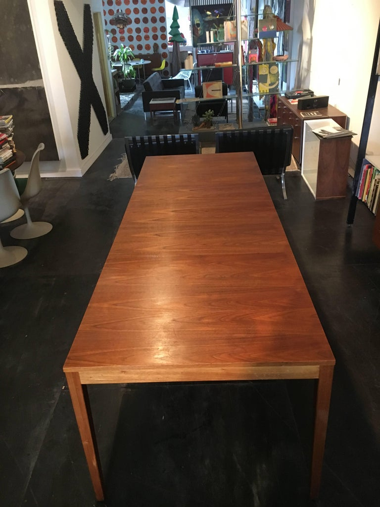 Mid-Century Modern George Nelson Walnut Extension Dining Table, Herman Miller, 1950 For Sale