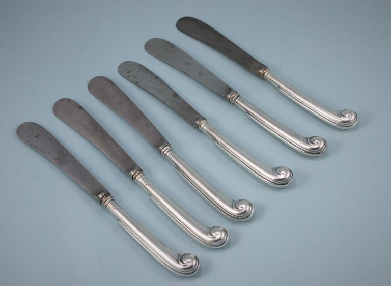 George V Set of Six Small Pistol Handled Knives, London, 1912 In Good Condition For Sale In London, GB