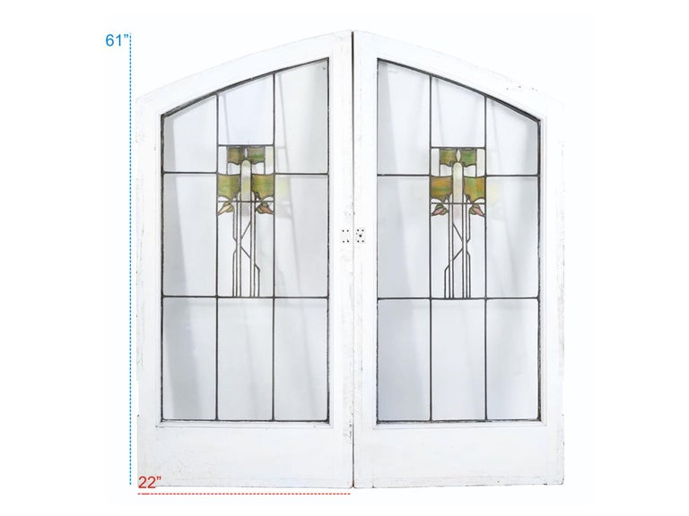 George W. Maher Prairie School Stained Glass Arched Hollyhock Window Pair, 1906 In Good Condition For Sale In Brooklyn, NY