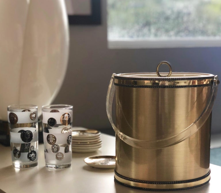 Georges Briard Brushed Brass with Rope Accents & Lucite Handle & Top Ice Bucket For Sale 13
