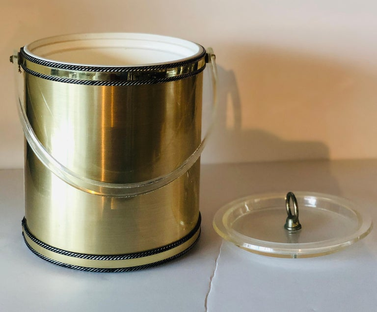 Mid-Century Modern Georges Briard Brushed Brass with Rope Accents & Lucite Handle & Top Ice Bucket For Sale