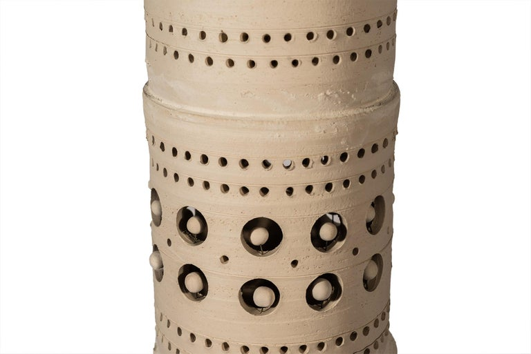 Georges Pelletier, TOTEM Floor Lamp, Ceramic, Signed, France, circa 1970 In Good Condition For Sale In Nice, Cote d' Azur