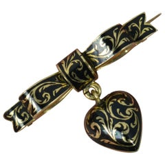 Georgian 15 Carat Gold and Enamel Heart and Bow Brooch, circa 1820