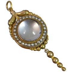 Georgian 15 Carat Gold Rock Crystal and Seed Pearl Pendant