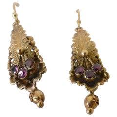 Georgian 15 Carat Yellow Gold and Garnet Earrings