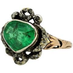 Georgian 15 Karat Gold and Silver Heart Colombian Emerald and Diamonds, 1830s