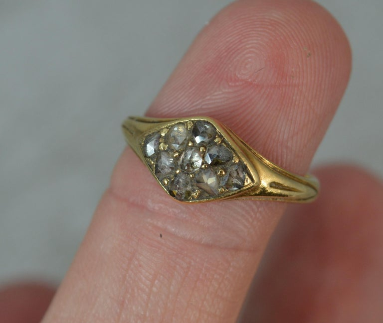 Georgian 18 Carat Gold Rose Cut Diamond Cluster Ring For Sale 4