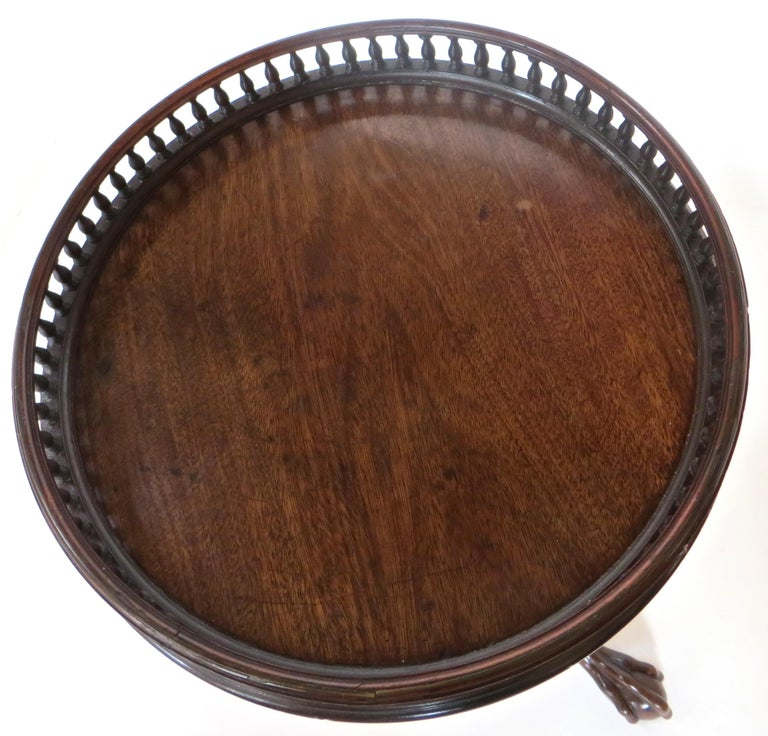 George III Georgian 18th Century Mahogany Pot Stand 'or Kettle Stand', English, Rare Form For Sale