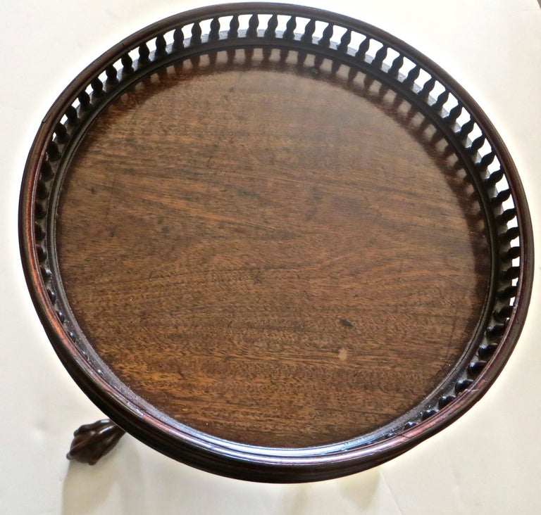 Georgian 18th Century Mahogany Pot Stand 'or Kettle Stand', English, Rare Form For Sale 3