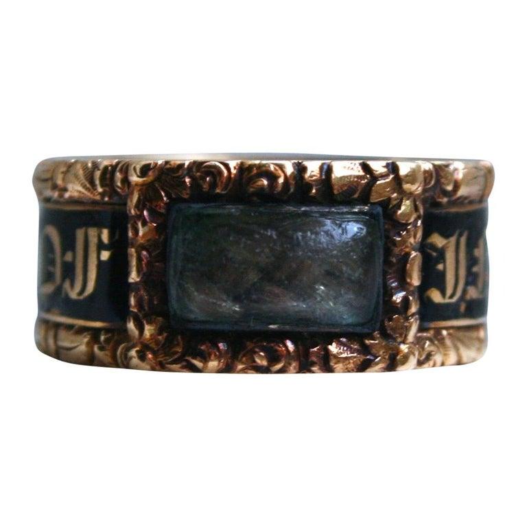 Georgian Antique 18 Karat Yellow Gold, Black Enamel, and Hair Mourning Ring For Sale