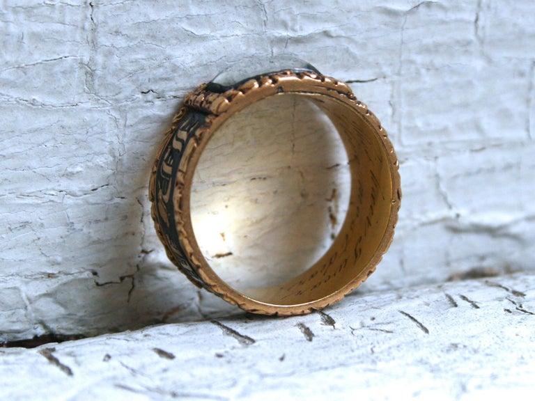 Women's or Men's Georgian Antique 18 Karat Yellow Gold, Black Enamel, and Hair Mourning Ring For Sale